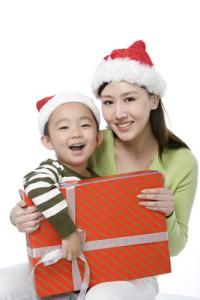 mother-son-christmas